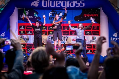 Leah Maunsell - Enduro World Series 2017 Podium in Finale Ligure, Italy