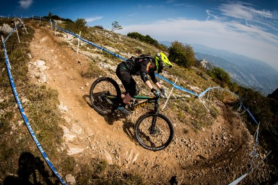Leah Maunsell - Enduro World Series 2017 in Finale Ligure, Italy